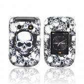 Blackberry Style 9670 Rubberized Hard Case - White Skulls on Black