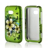 White Hawaiian Flowers on Green Rubberized Hard Case for Nokia Lumia 822